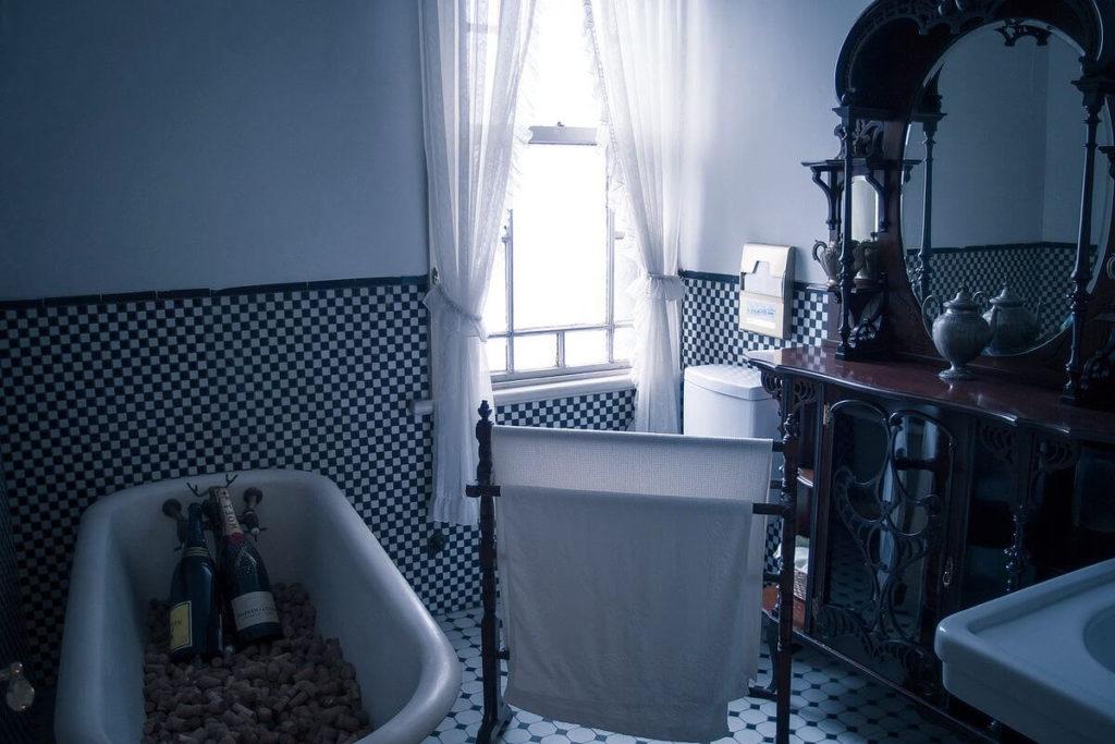 como eran primeros cuartos de baño