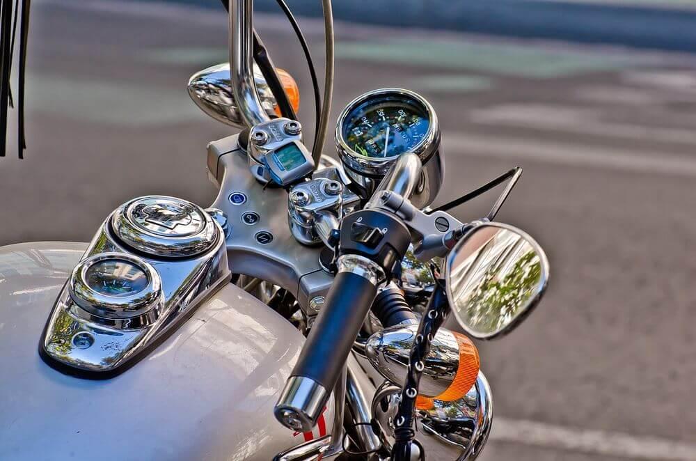 espejo retrovisor moto